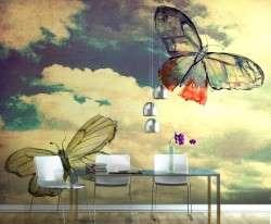 Farfalle su carta da parati con nuvole